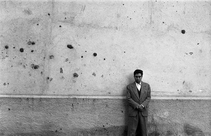 5-Antoni Tapies, 1957