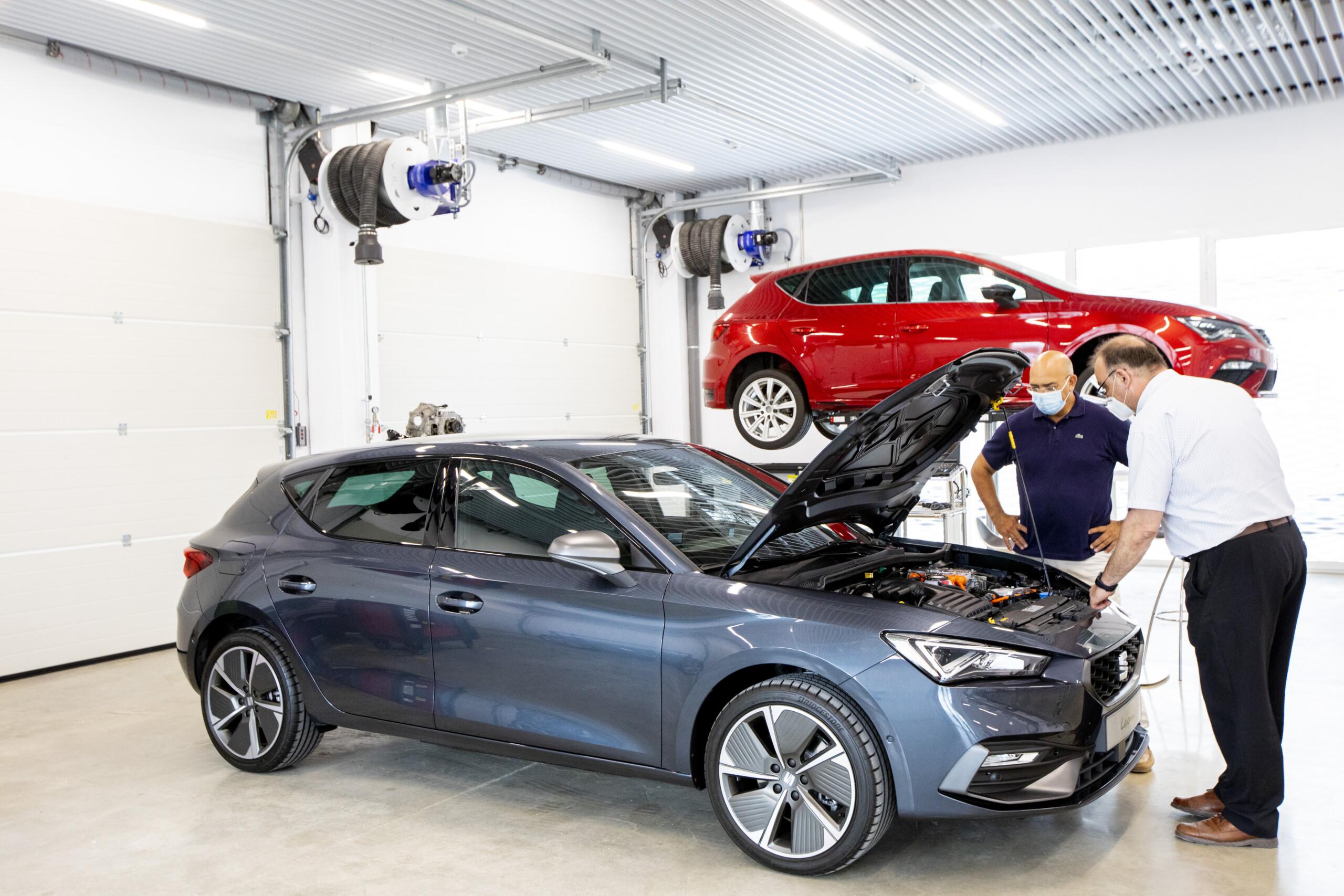 escuela de formación de Seat en coches eléctricos