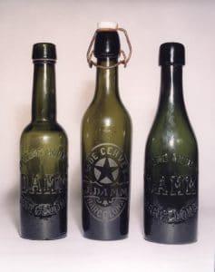 Ampolles antigues de Damm.