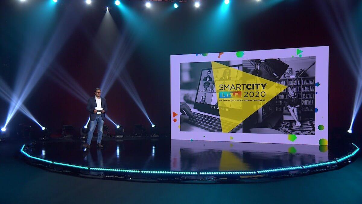 Ugo Valenti, en el plató televisivo creado para retransmitir el Smart City Live.