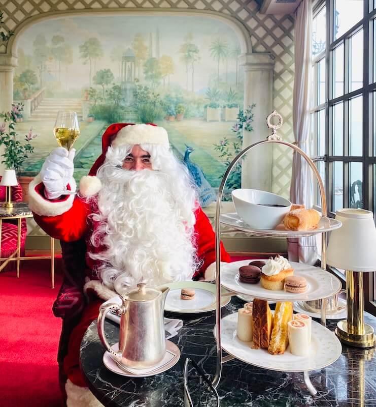 Papá Noel en el Hotel Palace