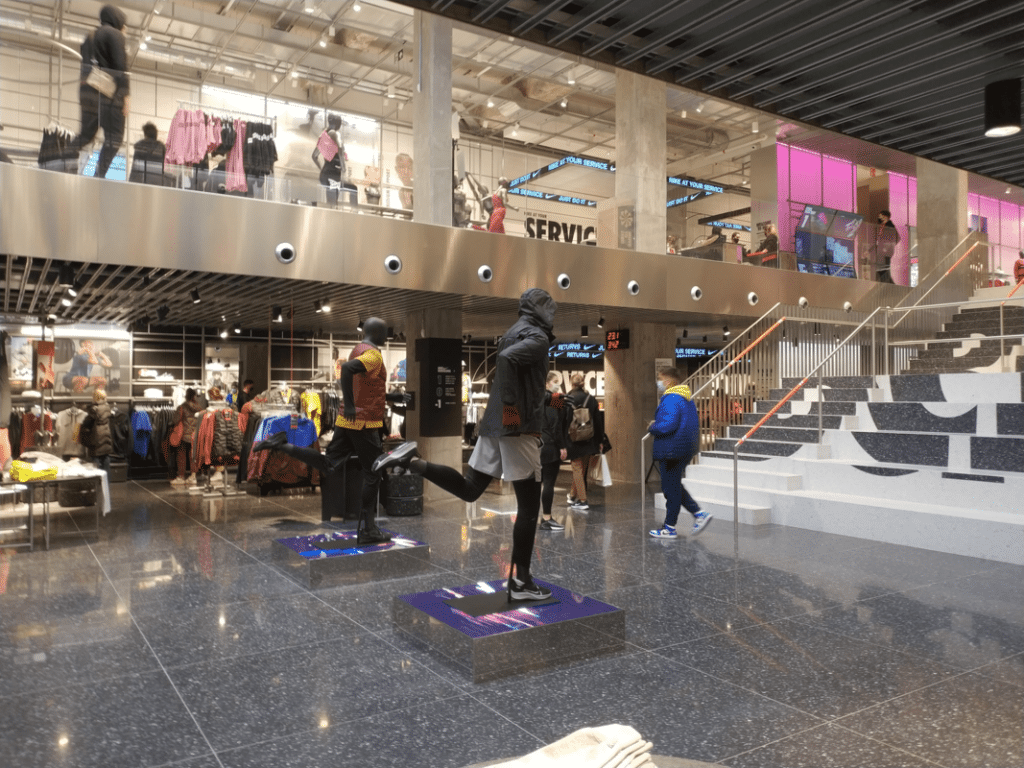 Interior tienda Nike Barcelona