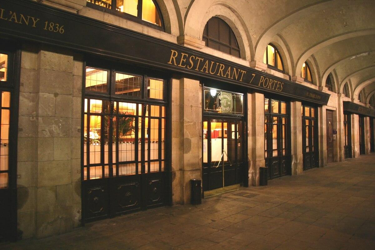 Entrada restaurant Les 7 Portes
