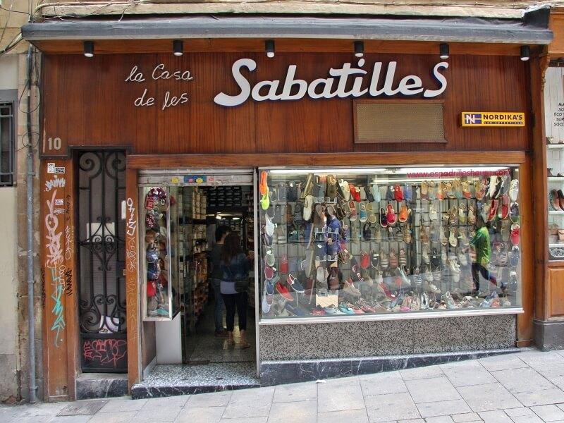 La Casa de les Sabatilles, a Barcelona
