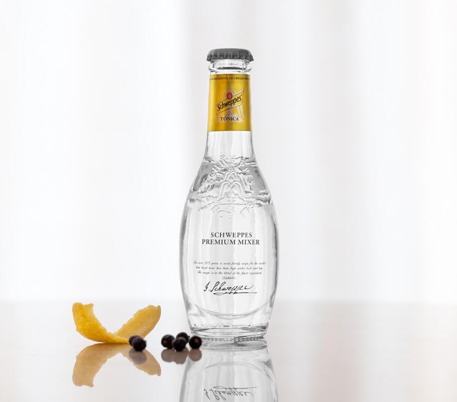Botella Schweppes