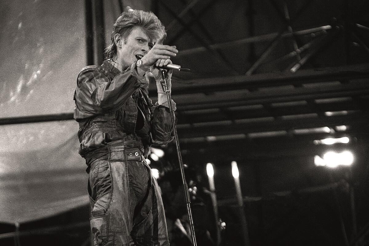 David Bowie en un concierto en Barcelona