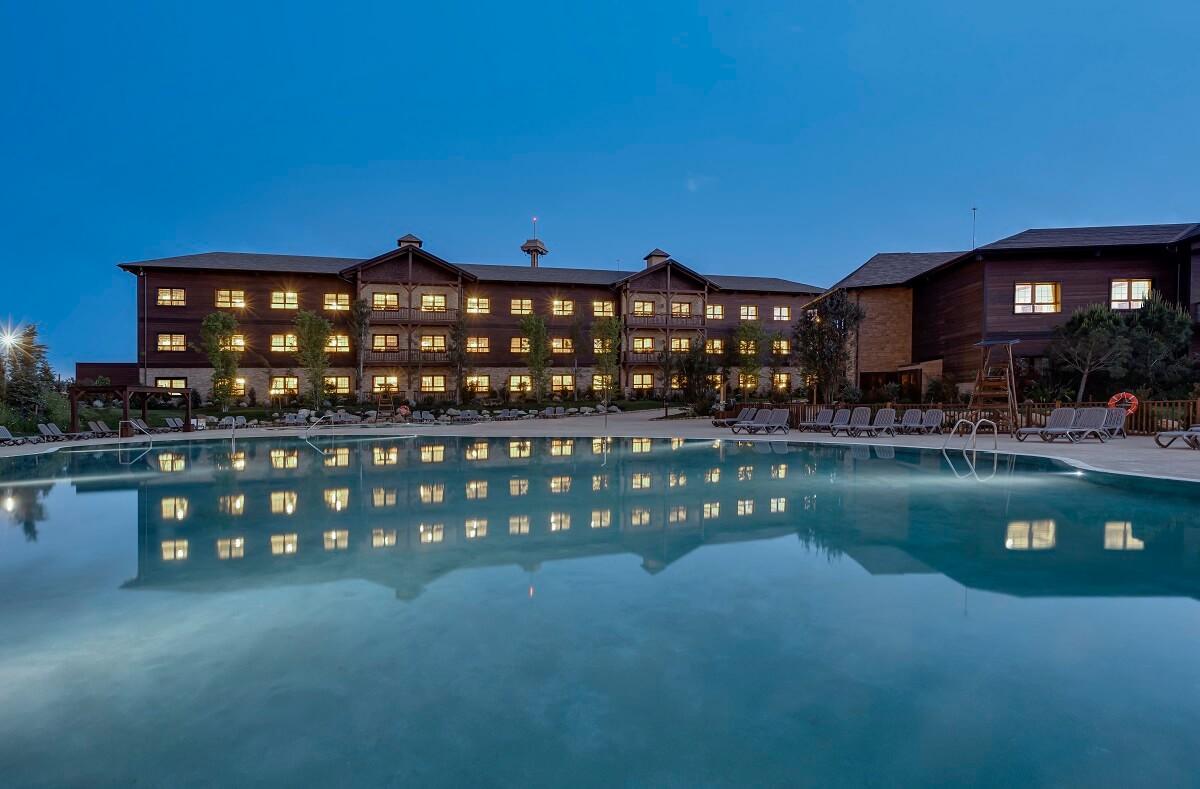 Piscina Hotel Colorado Creek