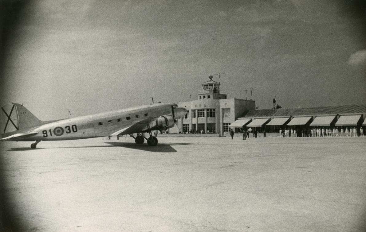 Terminal 2 1949