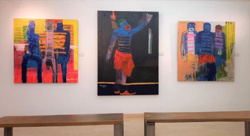 'Police Brutality', del artista nigeriano Bob-Nosa. OOA Gallery.